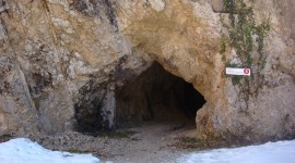 WWI cave dug into the side of the mountain