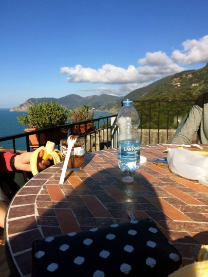 Starting the day of with a oranges, bananas, and nutella for breakfast on the terrace