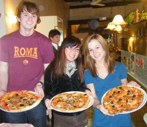 pizza-making-cimba-culture-italy-93967