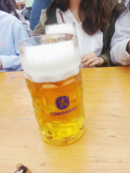 A liter of beer served for each person!