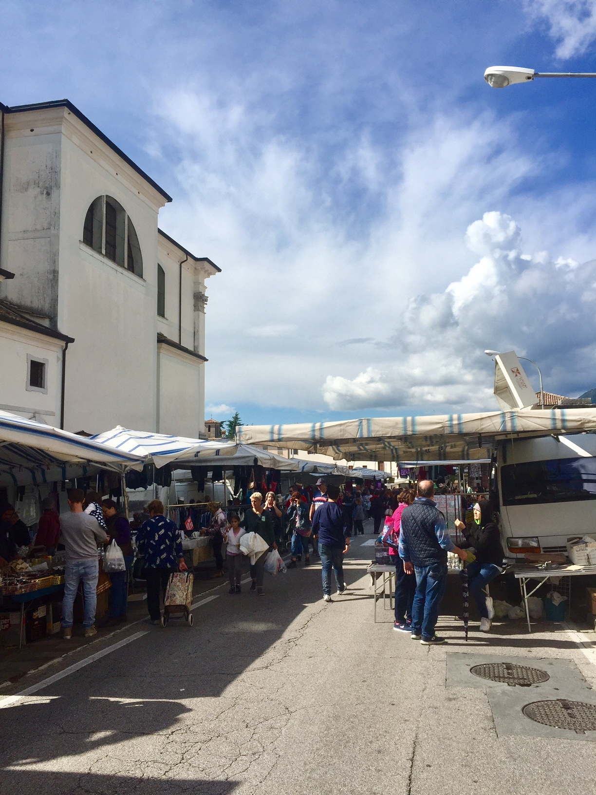 The Crespano del Grappa market on Sunday morning